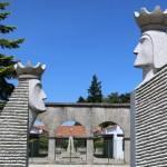 Estátua de D. Dinis e Rainha Santa Isabel